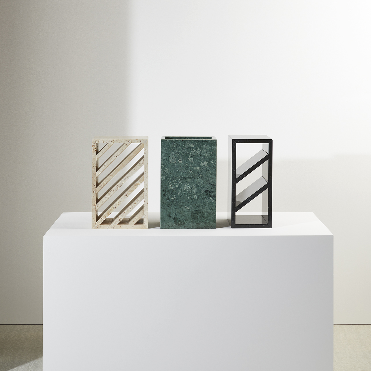 Brick-side-tables-design-Gregoire-de-Lafforest-Collection-Particuliere