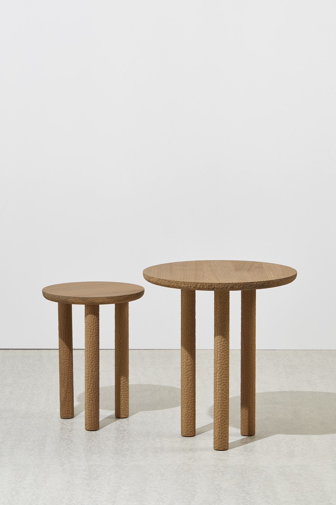 ROSAE-SIDE-TABLES-GOULA-FIGUERA-COLLECTION-PARTICULIERE