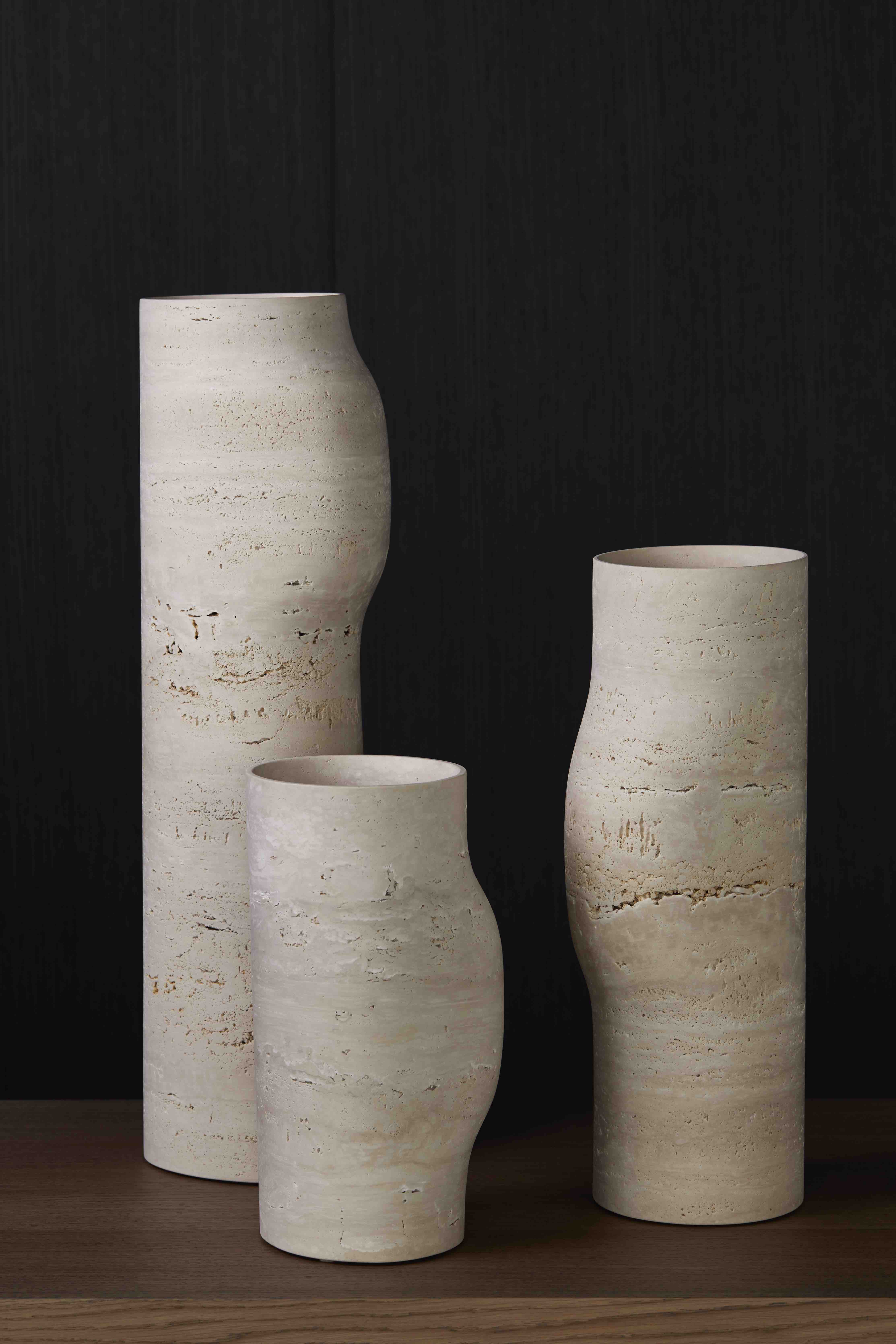 BOS-VASES-TRAVERTINE-DESIGN_CHRISTOPHE_DELCOURT_COLLECTION_PARTICULIERE
