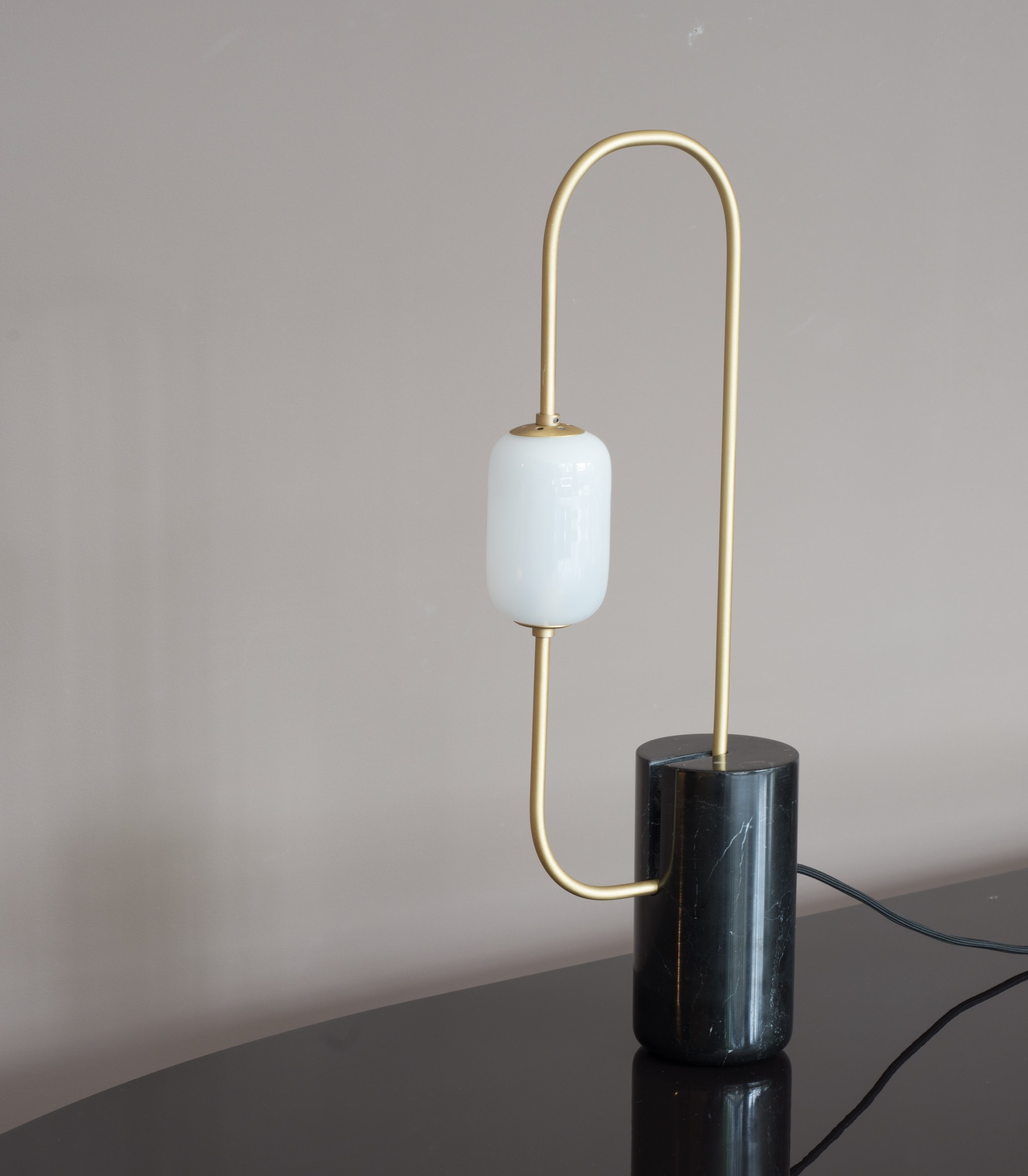 lamp, table lamp, lighting, desk lamp, marble, marquina, brushed brass