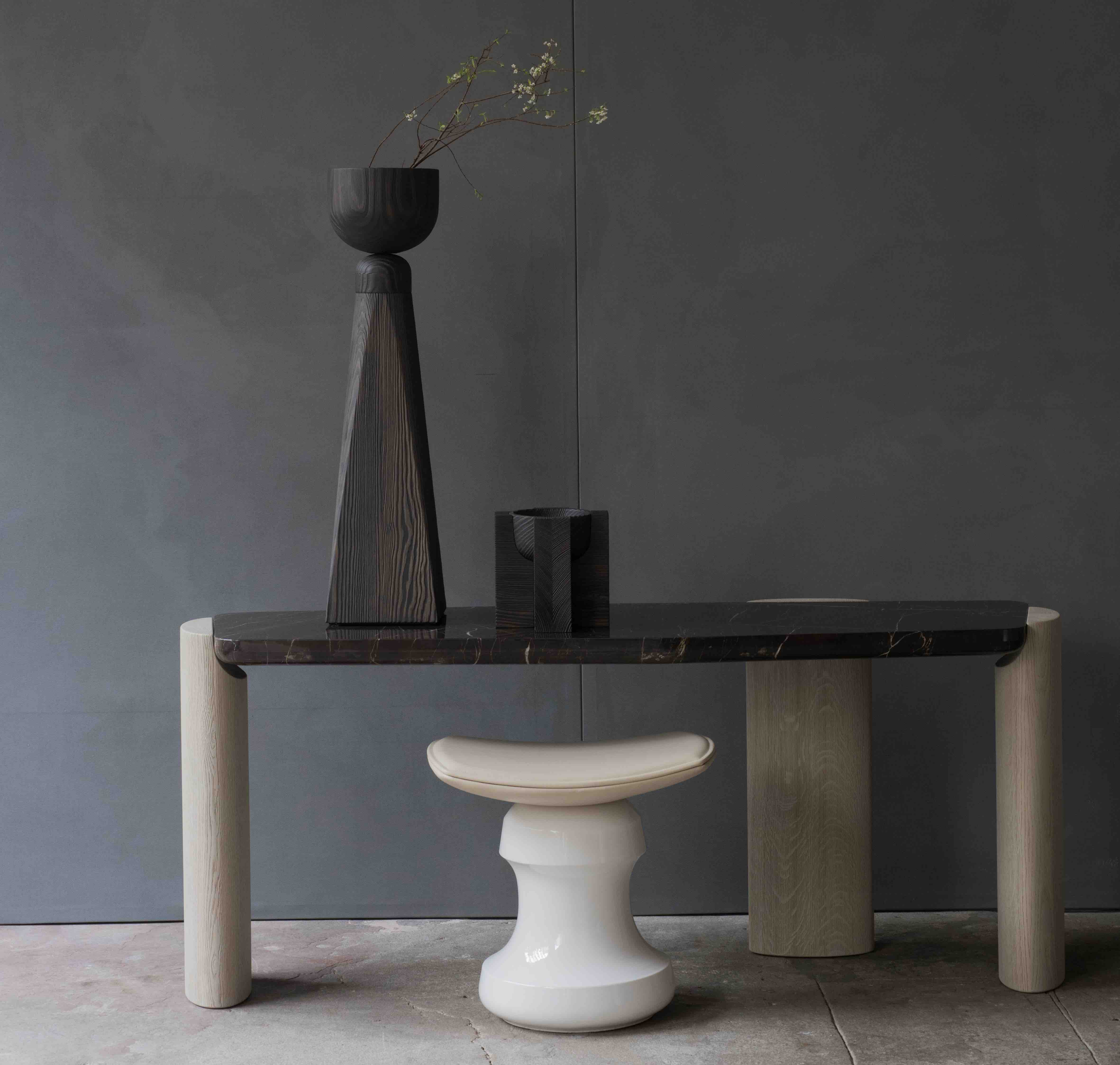 LOB LOW CONSOLE DESIGN CHRISTOPHE DELCOURT COLLECTION PARTICULIERE