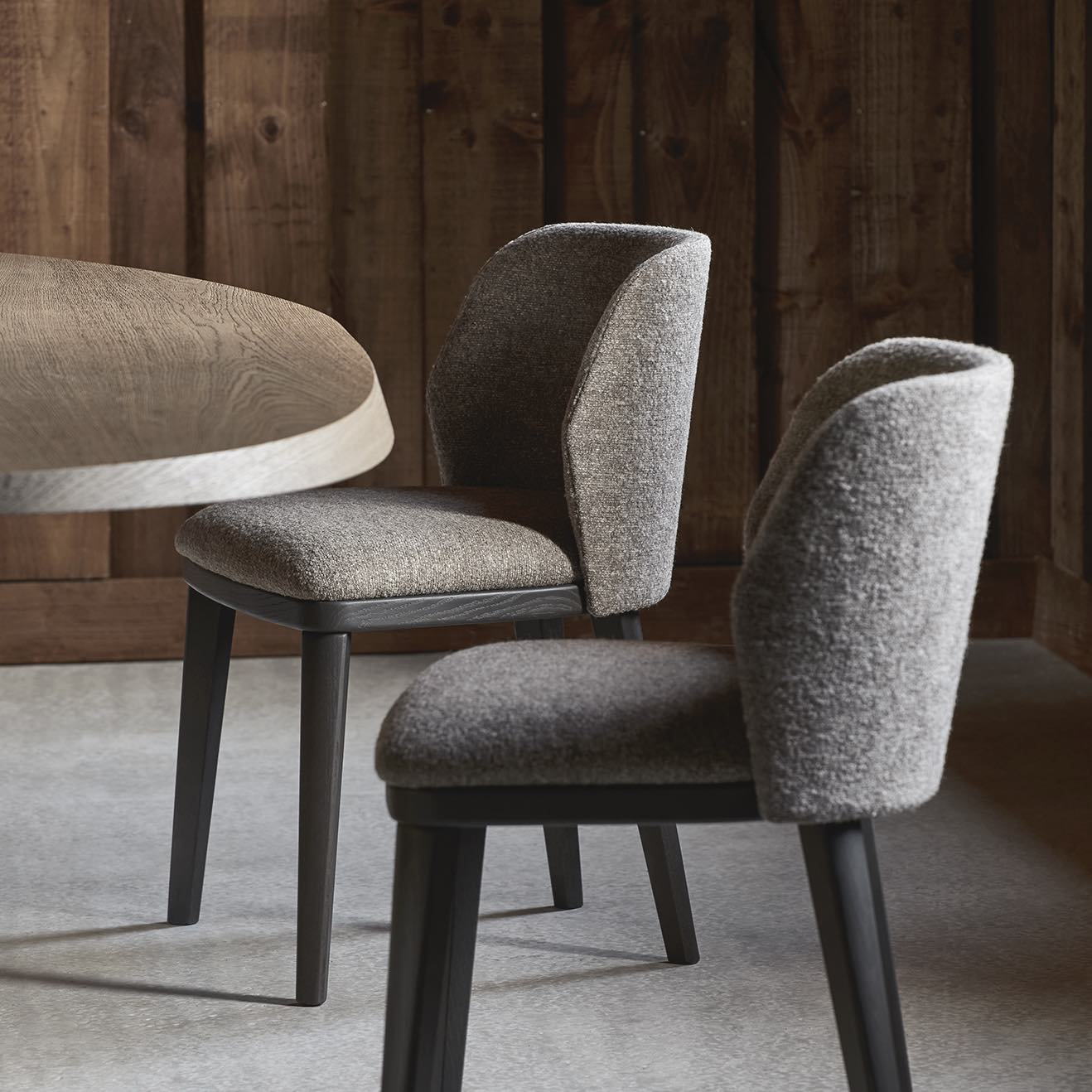 LUM-chairs-delcourt-collection-particuliere