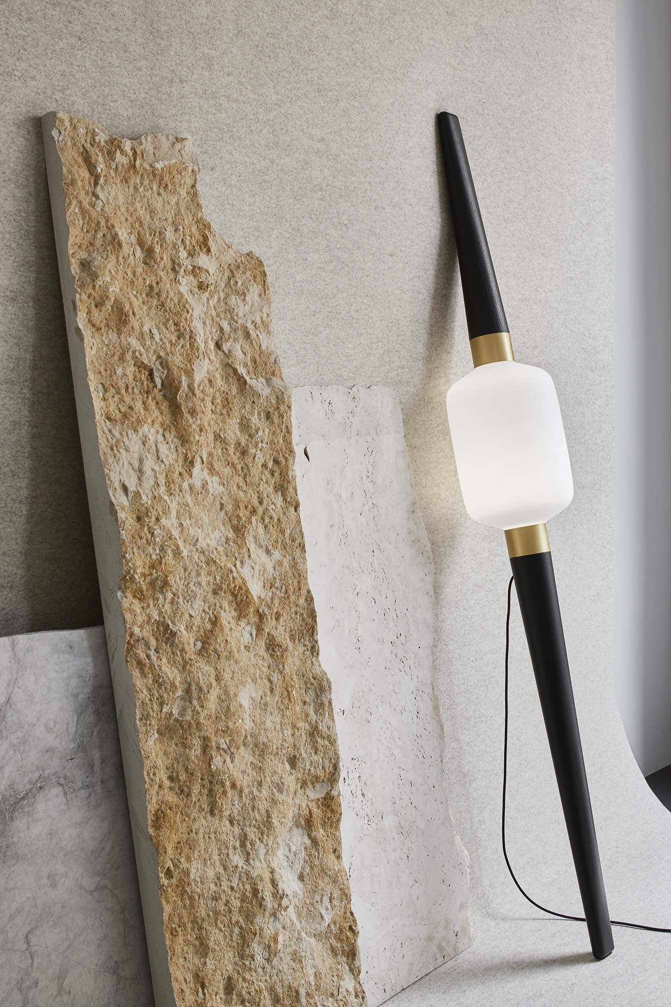 B-Light-floorlamp-walllamp-design-Dan-Yeffet-Collection-Particulière