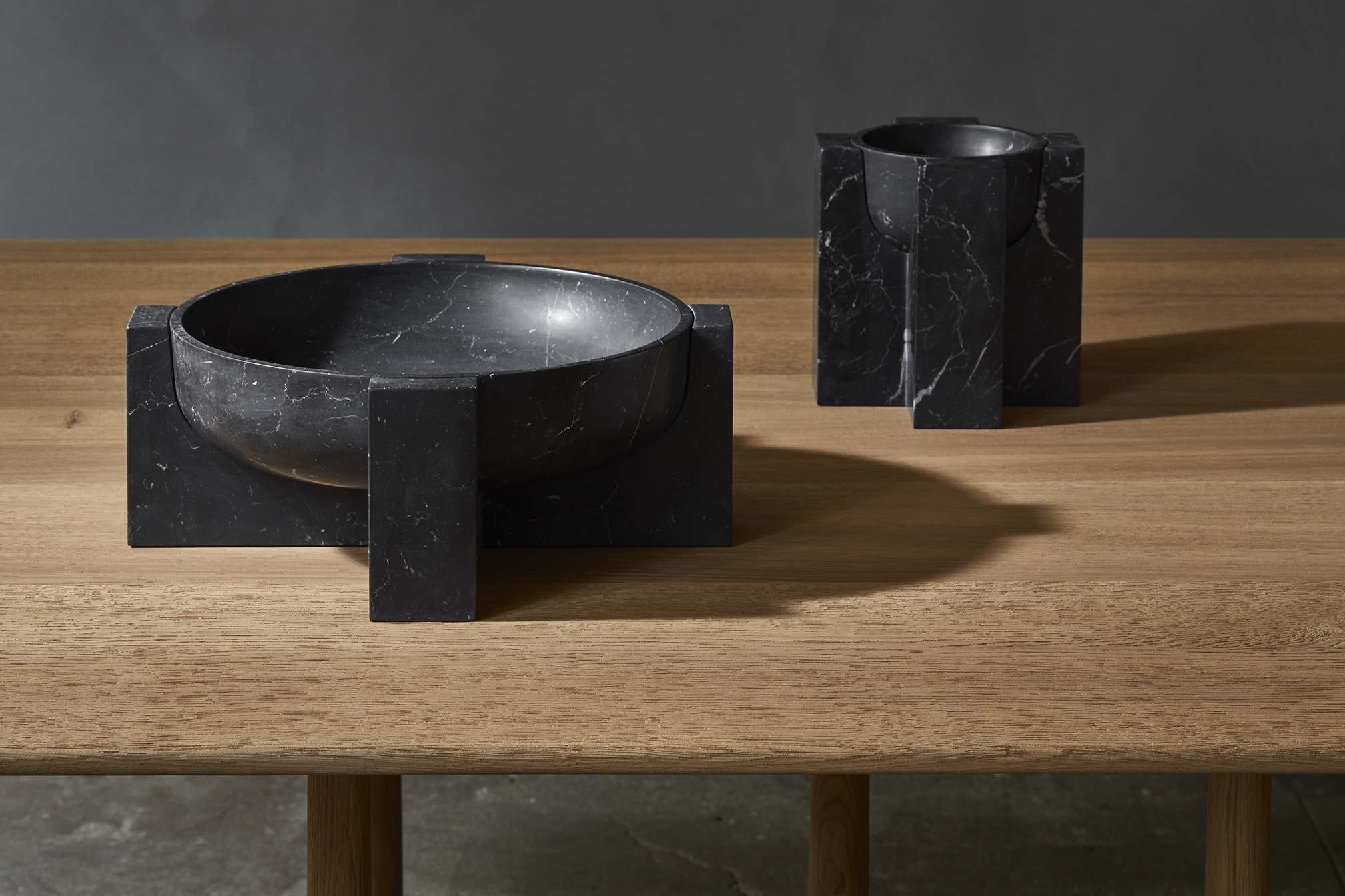 KEY-TIDY-FRUITBOWL-NERO-MARQUINA-DESIGN-ARNO-DECLERCQ-COLLECTION-PARTICULIERE