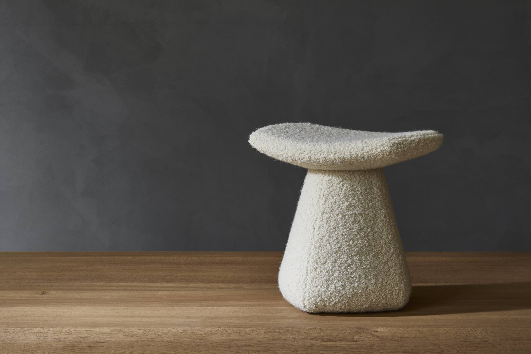DAM-STOOL-UPHOLSTERED-WOOL-WHITE-DESIGN-CHRISTOPHE-DELCOURT-COLLECTION-PARTICULIER