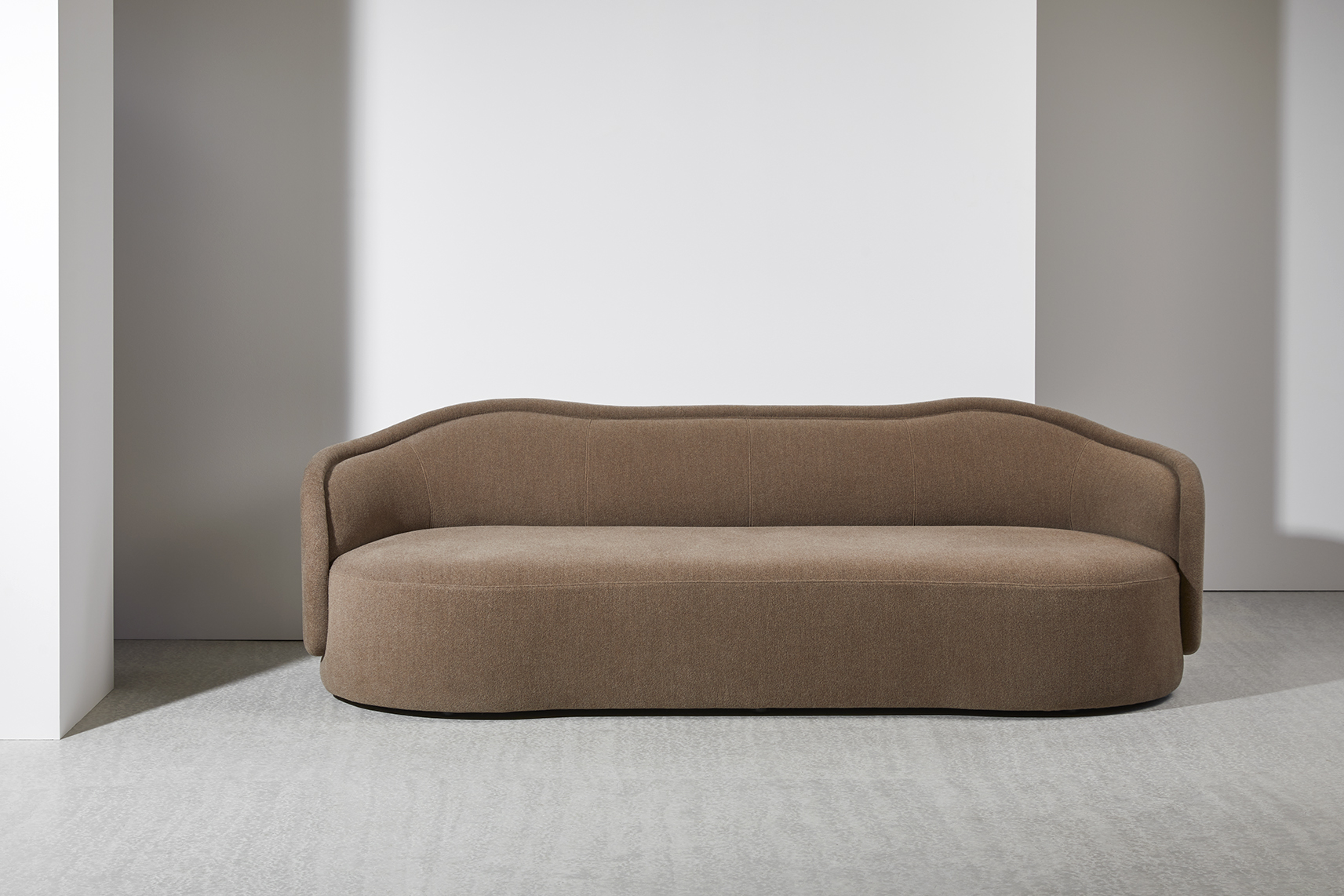 PIA-sofa-christophe-delcourt-Collection-Particuliere