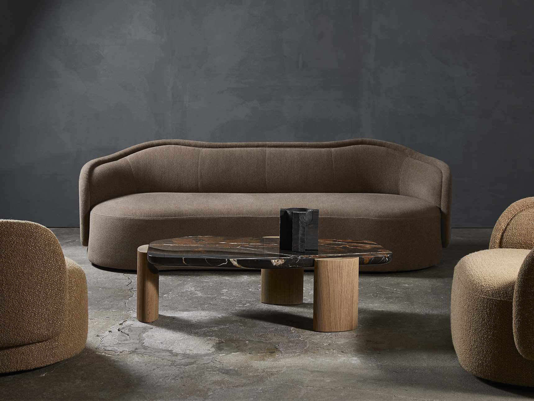 PIA-sofa-armchair-Christophe-Delcourt-Collection_Particuliere
