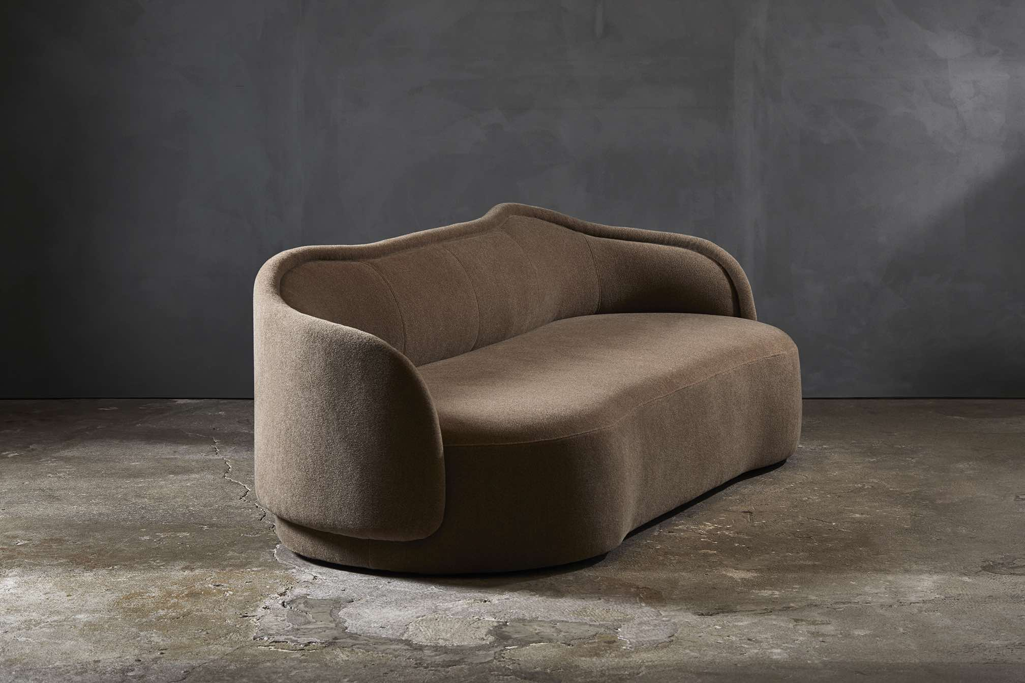 PIA-sofa-Christophe-Delcourt-Collection_Particuliere