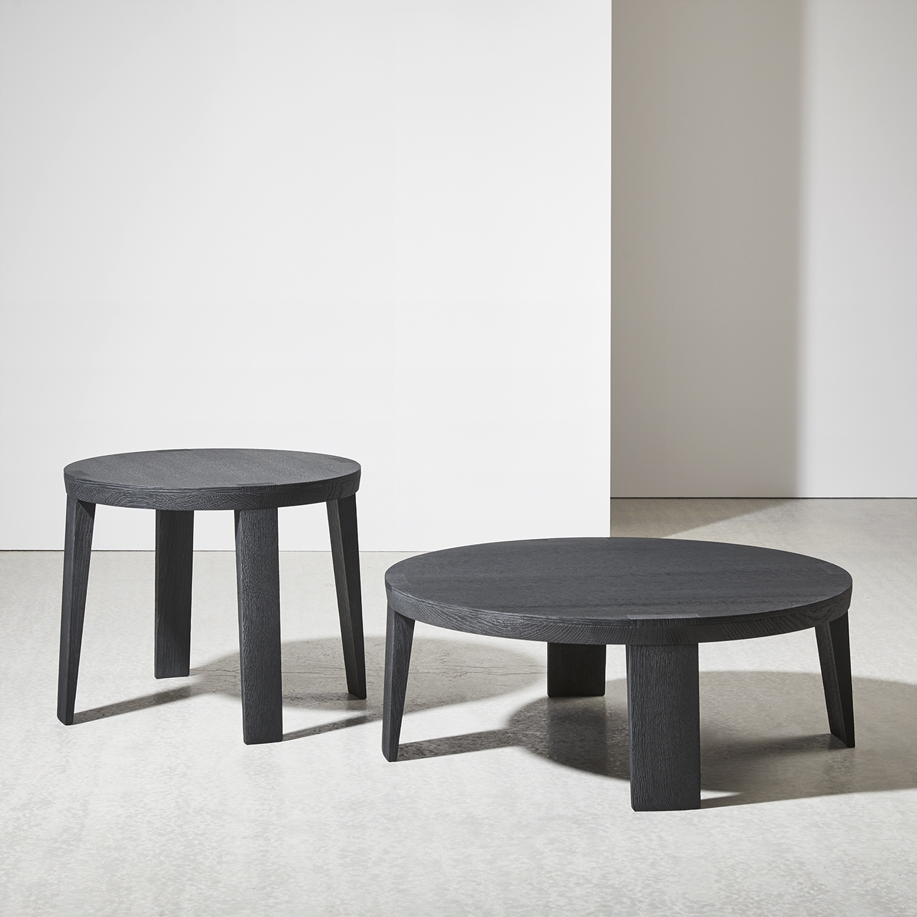 SUMO-LOW-TABLES-DAN-YEFFET-COLLECTION-PARTICULIERE