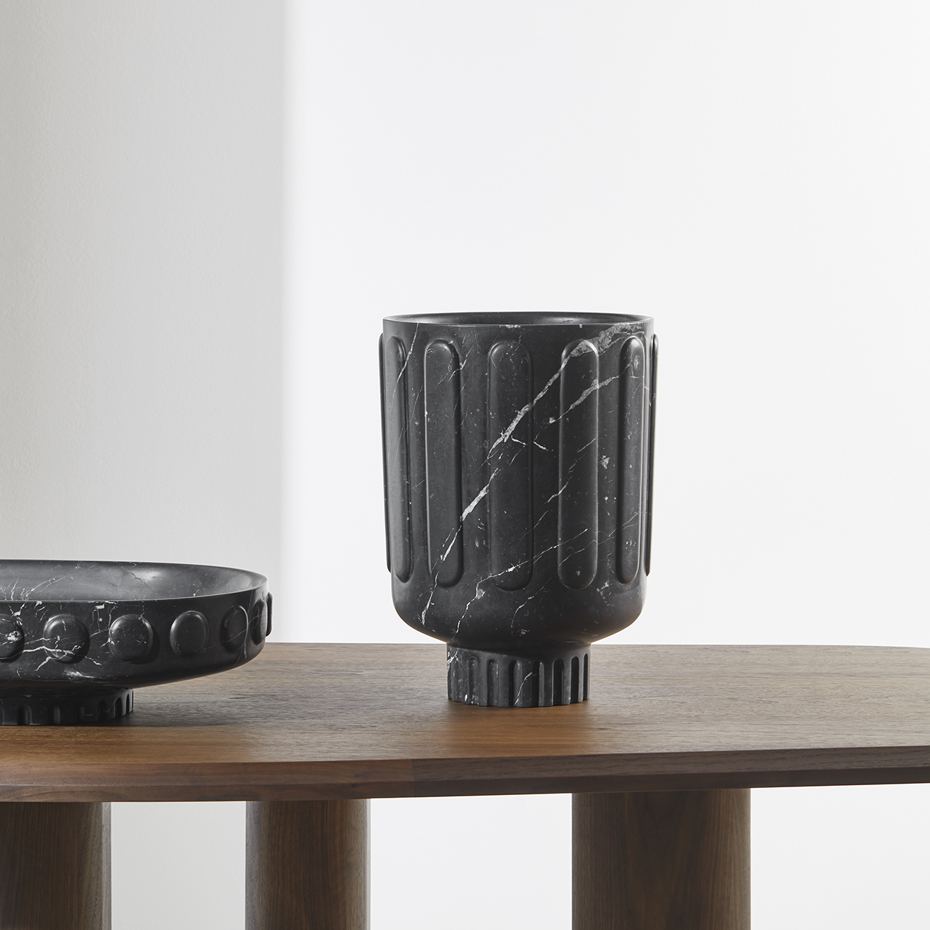 TIME-LESS-VESSELS-design-Dan_Yeffet-Nero-Marquina-marble-Collection_Particulière10