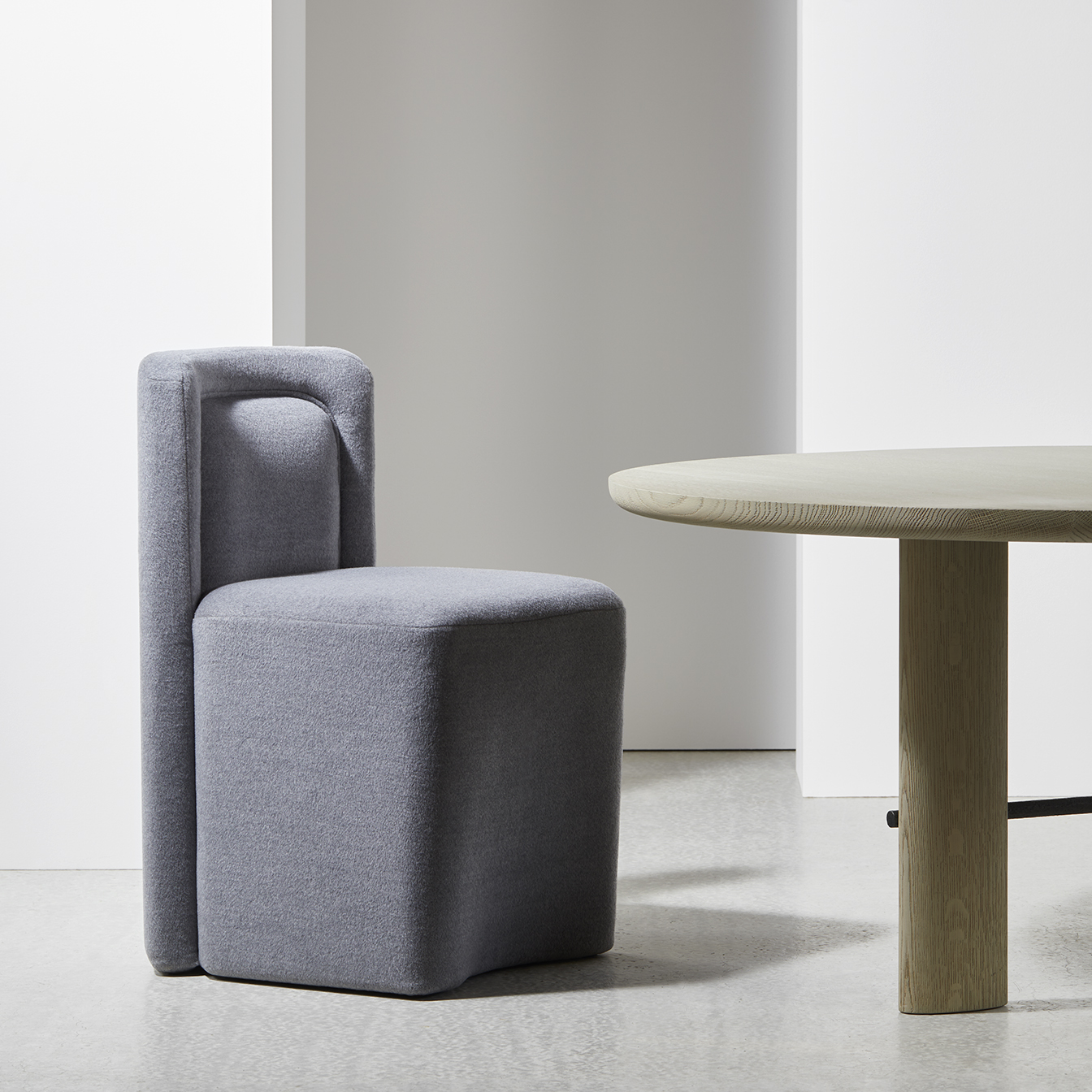 PIA-chair-Christophe-Delcourt-Collection-Particulière